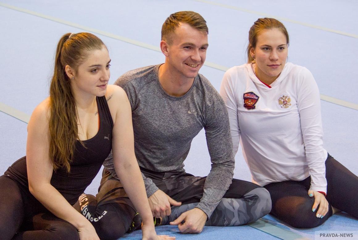 Алия Мустафина — о семье и возвращении в большой спорт